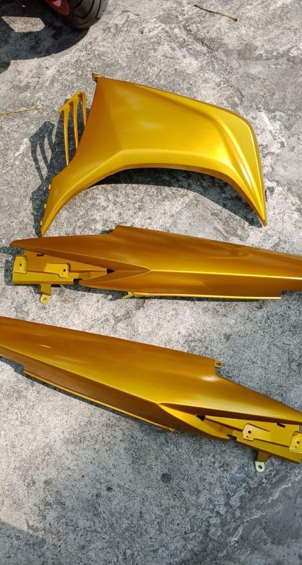 màu vàng candy Y017